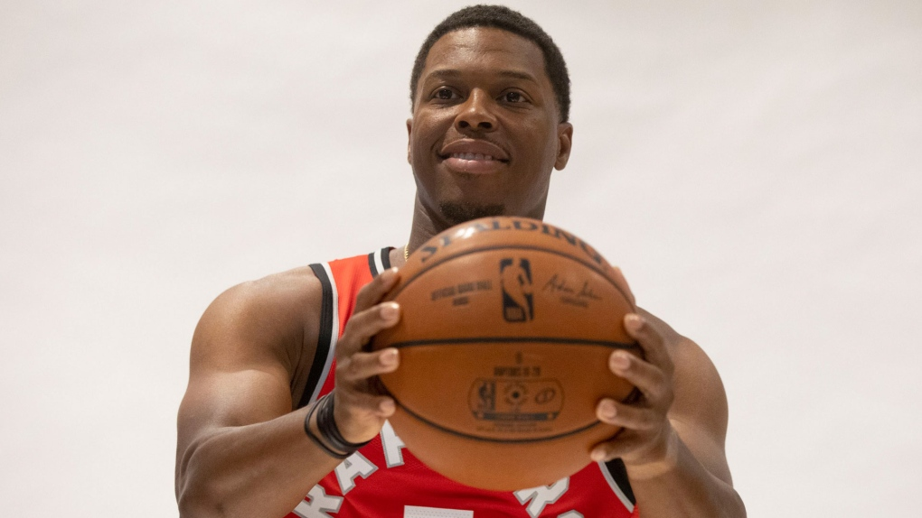 Lowry signs one-year extension with Raptors