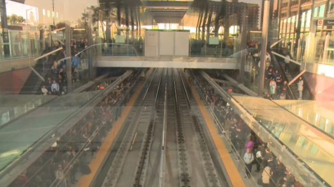 Door problem delays LRT