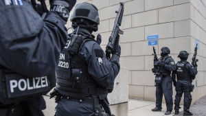 Police secure a synagogue in Halle, Germany