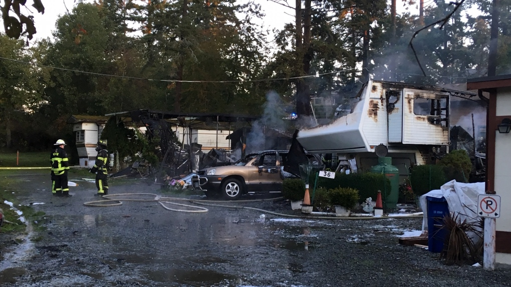 Mobile home fire Esquimalt
