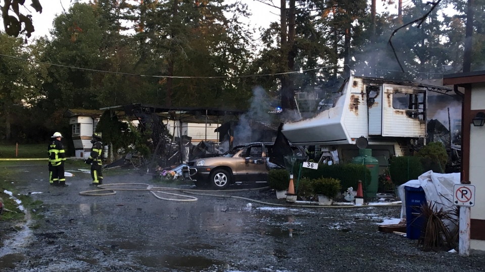 Mobile home fire Esquimalt