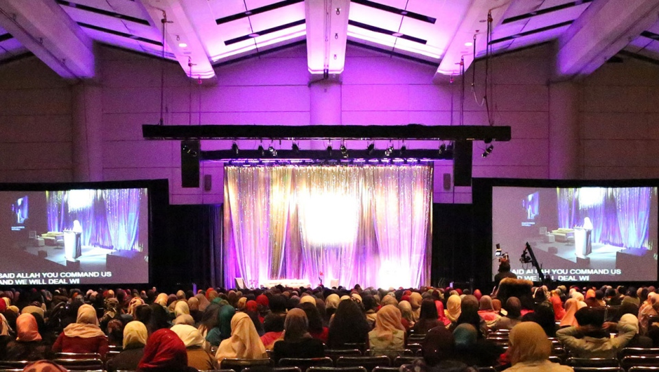 Being Muslimah Empowered Calgary is the largest Muslim women's conference in North America that brings women together to discuss a number of topics including politics and empowerment. (Supplied)