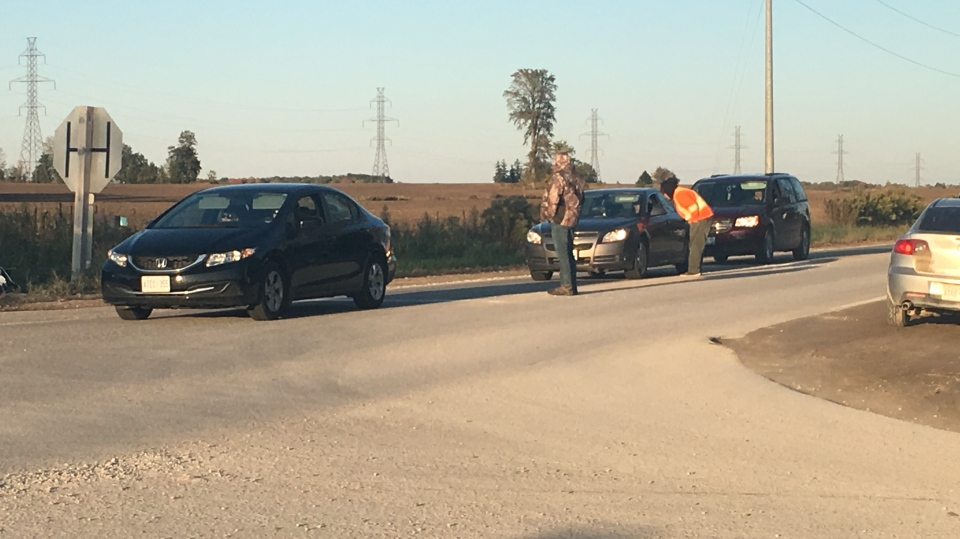 Oneida of the Thames First Nations checkpoint on Oct. 12, 2019. (Brent Lale/CTV London)