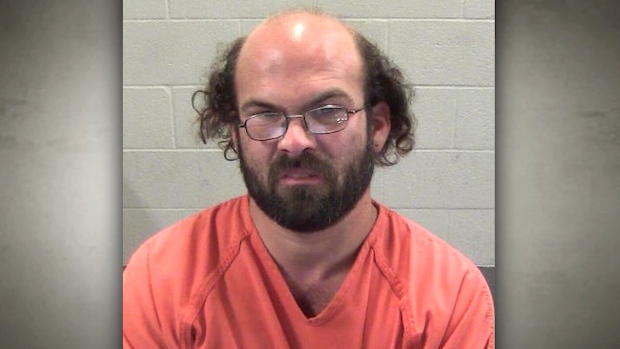 Tommy Lee Jenkins is accused of walking more than 565 kilometres to have sex with a 14-year-old girl. (Winnebago County Sheriff's Office)