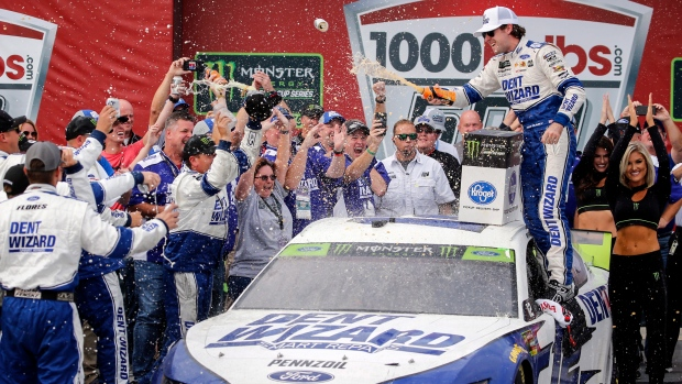 Bob Johnson Chevrolet >> Blaney Beats Newman In Photo Finish At Talladega To Advance