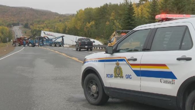 Driver charged after mattress flies off car, causing fatal crash: N.S. RCMP