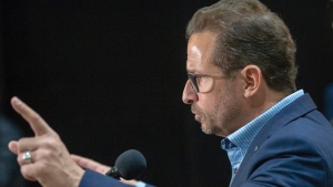 Yves-Francois Blanchet told the assembled PQ caucus to not give up hope at a special convention in Trois-Rivieres Nov. 9, 2019. THE CANADIAN PRESS/Ryan Remiorz