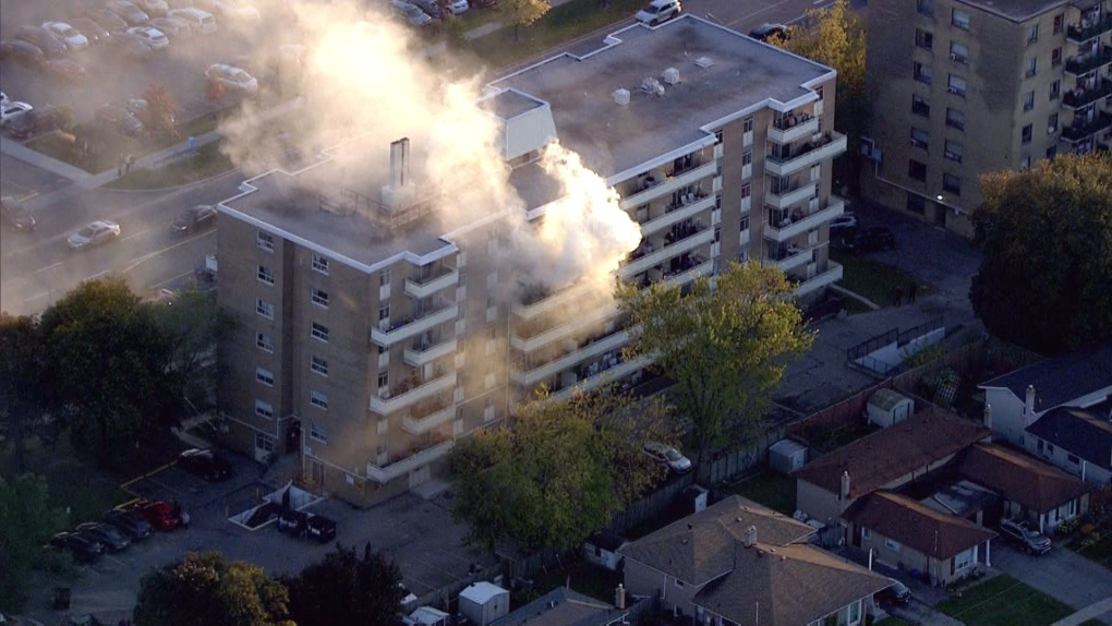 North York apartment fire leaves man in life-threatening condition