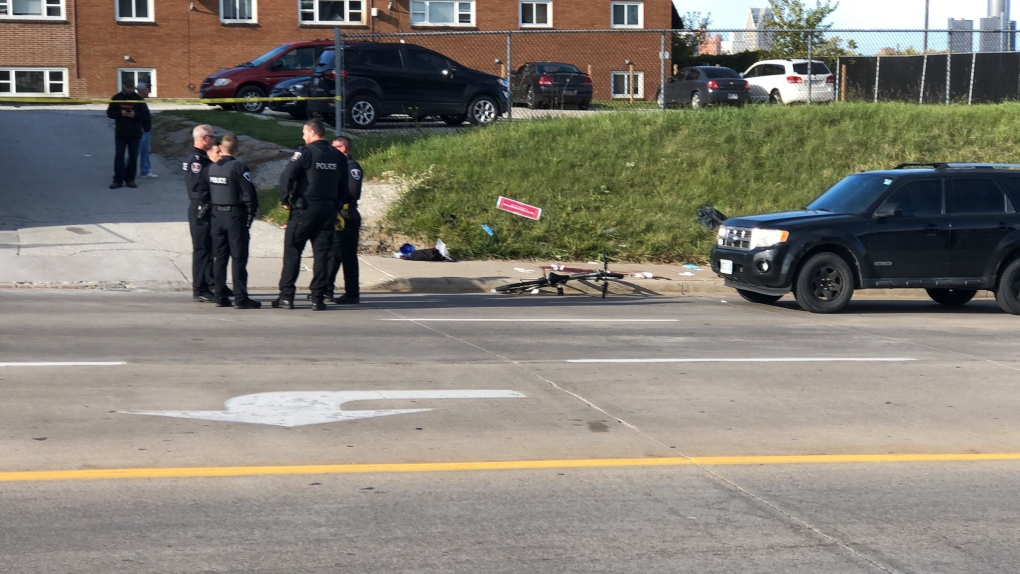 Windsor police continue to investigate stabbing