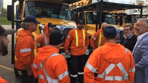 Toronto Mayor John Tory sent off crews from the city to Winnipeg to help with restoration effort after a major snowstorm. (John Tory/Twitter)