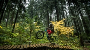 Wade Simmons rides his electric-assist mountain bike on Mount Fromme, in North Vancouver, on Sunday October 20, 2019. Athletes, recreationalists and industry members say the trend of e-bike use is opening trails to new riders, giving established mountain bikers more freedom to spend more time outside and creating some concern about the impact on sensitive ecosystems. THE CANADIAN PRESS/Darryl Dyck