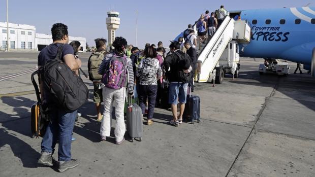 Britain lifts advisory against flying to Egypt's Sharm el Sheikh resort