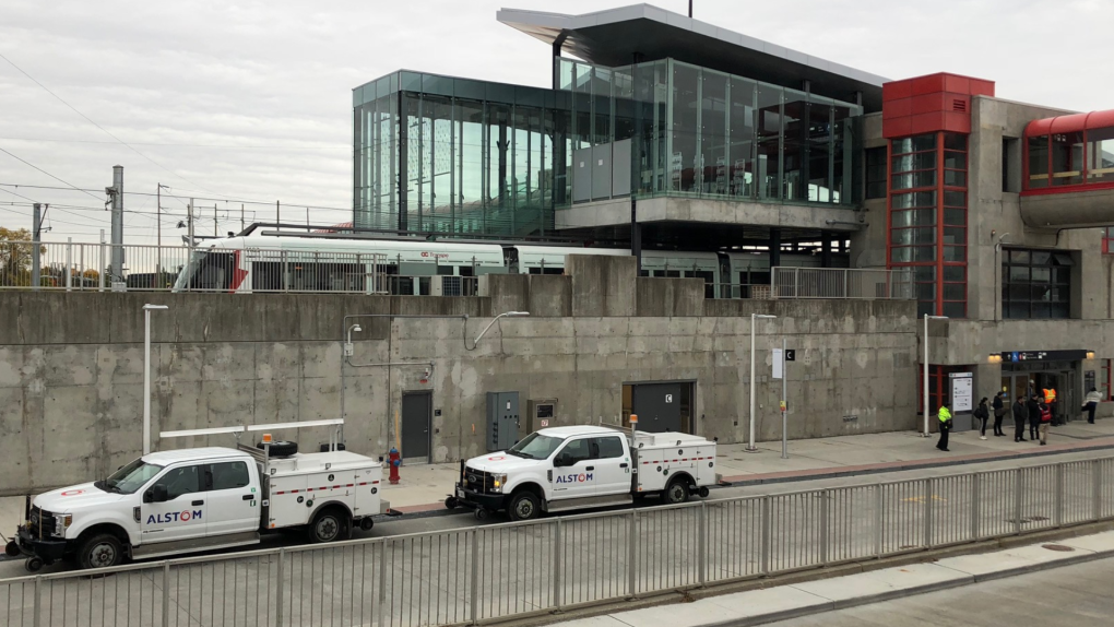 Service resumes on east end of Confederation Line after track switching issue