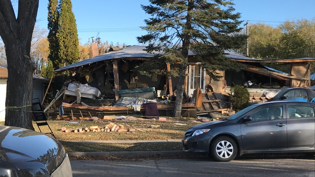 At least 1 dead, another injured in Brandon, Man. house explosion