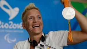 Belgium's Marieke Vervoort with her 400m silver in Rio. (AFP)