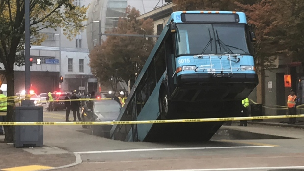 Sinkhole opens, swallows bus during rush hour in downtown Pittsburgh
