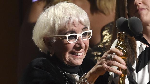 Famed director calls for 'a female Oscar' named Anna - CTV News