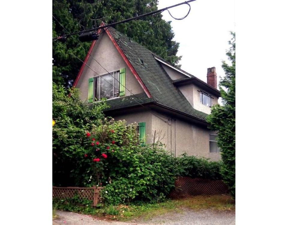 Teardown for sale in Vancouver