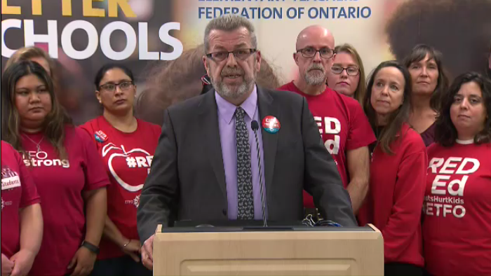 Elementary Teachers' Federation of Ontario president Sam Hammond announces that 98 per cent of teachers are in favour of a strike if necessary. (Nov. 1, 2019)