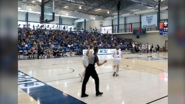 Mount Royal Cougars basketball game draws record crowd - CTV News