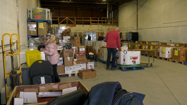 calgary, veterans food bank, donations, soldiers,