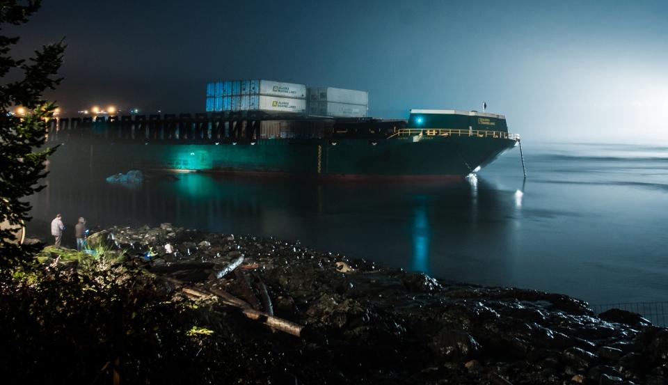 Quadra barge