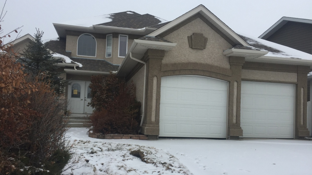 'Negotiations' underway to save empty, mould-filled Saskatoon luxury home: lawyer