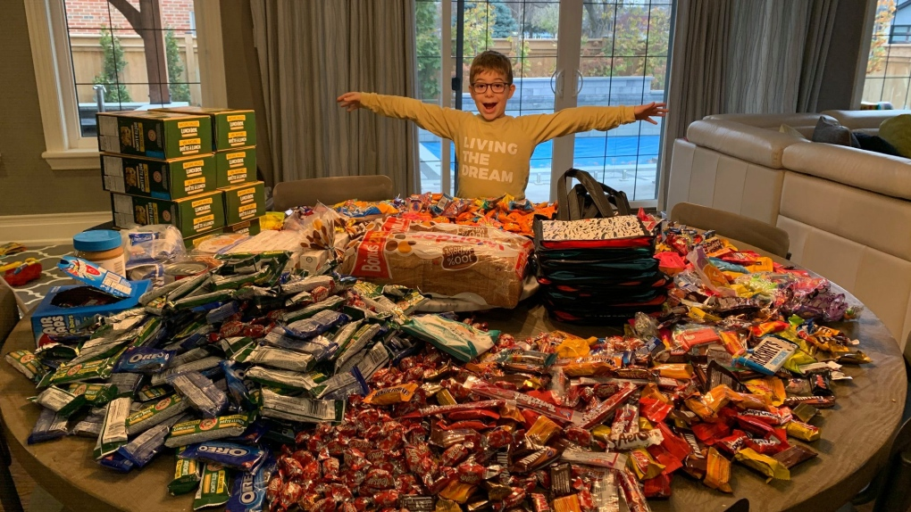 Porch thief crushes boy's charitable candy dream, until the community steps up