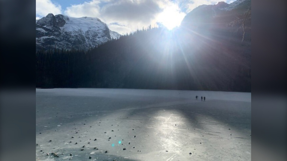 Joffre Lakes ice (RCMP)
