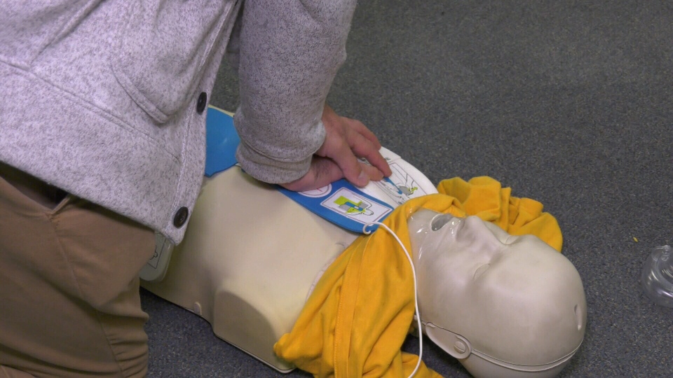 St. John Ambulance Victoria branch manager Dan Morrison demonstrates CPR and AED training: Nov. 12, 2019 (CTV News)