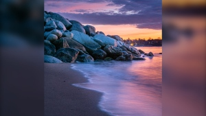 The calm before the storm at English Bay Beach (Diogo Borges photo)