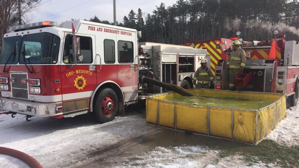 Crews battle fire at metal building in Oro-Medonte