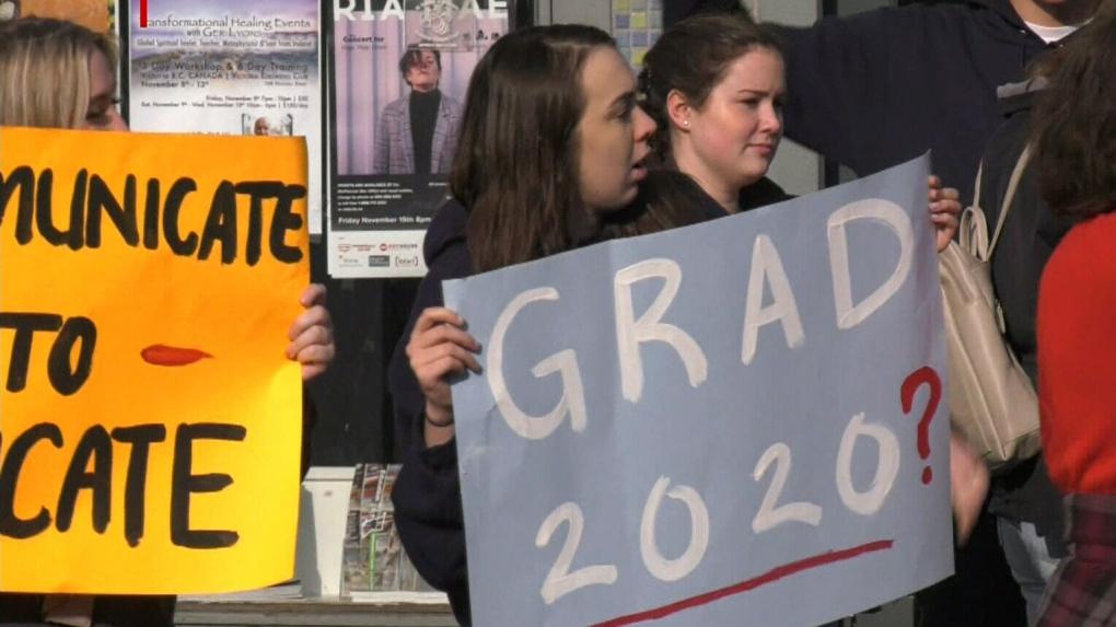 Tentative deal reached in weeks-long Saanich school strike