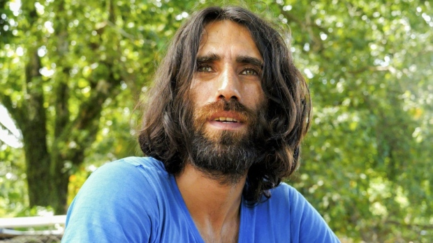Behrouz Boochani: Iranian refugee 'free' after six years in Australian detention camp