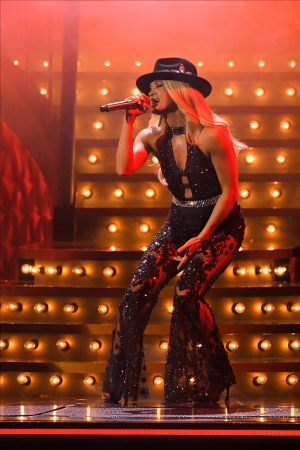 "Carrie Underwood performs ""Drinking Alone"" at the 53rd annual CMA Awards at Bridgestone Arena, Wednesday, Nov. 13, 2019, in Nashville, Tenn. (AP Photo/Mark J. Terrill)"