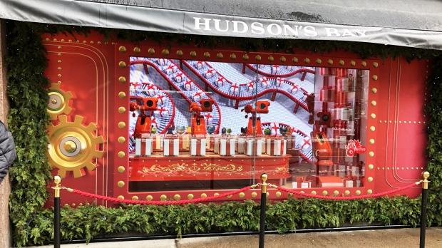 Hudson's Bay unveils holiday windows downtown - CTV News