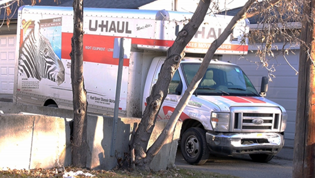Charges laid after U-Haul damages 5 police cars, at least 5 other vehicles