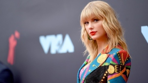 Losing the rights to her early music catalog continues to cause trouble, trouble, trouble for singer Taylor Swift. (Jamie McCarthy/Getty Images for MTV)