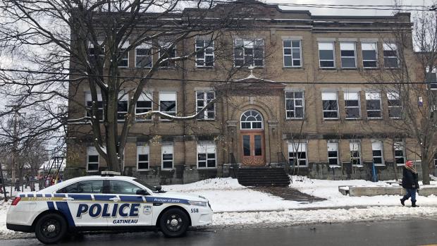 21 kids in hospital sickened by fumes on school bus - CTV News