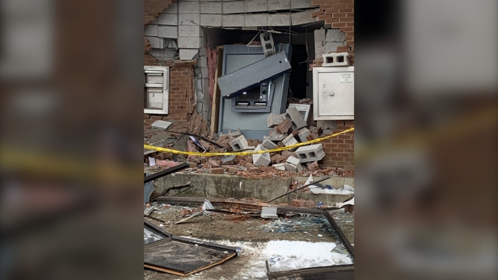 Bank in ruins after failed robbery attempt