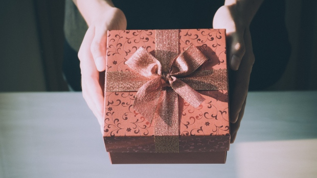 'Secret Sister' gift exchanges are actually pyramid schemes, according to Better Business Bureau