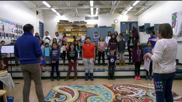 Former Canada's Got Talent competitor performing with Sistema Winnipeg kids - CTV News