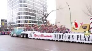 Kris Kringle and Mrs. Claus make their way to Midtown Plaza (CTV Saskatoon)