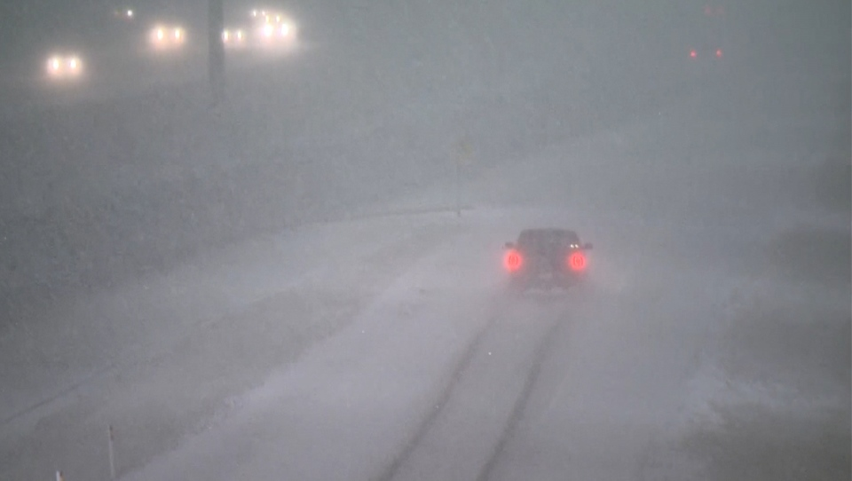 Stoney Trail, snow, snowfall, slick, commute