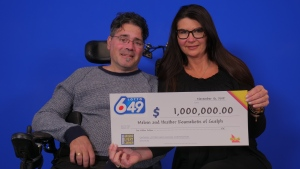 Melvin and Heather Roumeliotis of Guelph. (Source: OLG)