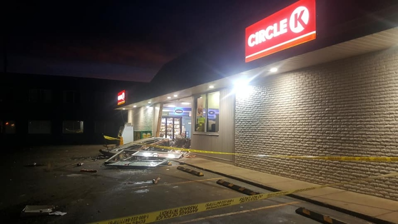 RCMP are looking for the thieves of an ATM from the Circle K convenience store in High Prairie on Thursday around 3:45 a.m. (Courtesy: Real Country 93.5)