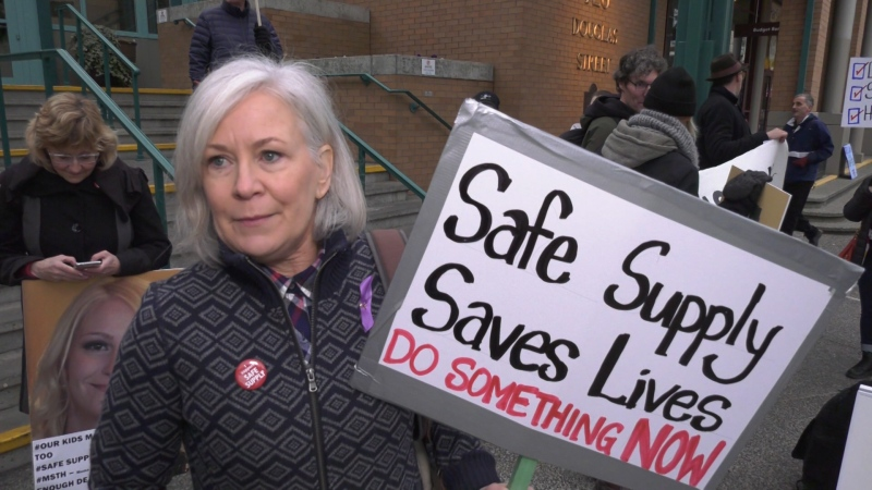 Advocates with Moms Stop The Harm gathered outside the Victoria Conference Centre on Nov. 23, 2019 to call for drug policy reform: (CTV News)
