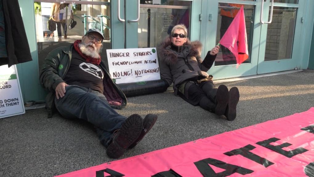 Climate activists block NDP convention