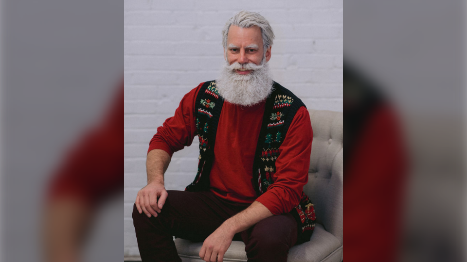 Edmonton's 'Santa Steve' is attracting attention online for his trimmed-down appearance and good looks. (Barbara Rahal Photography)