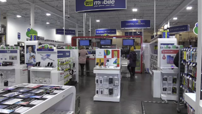 Shoppers at Best Buy